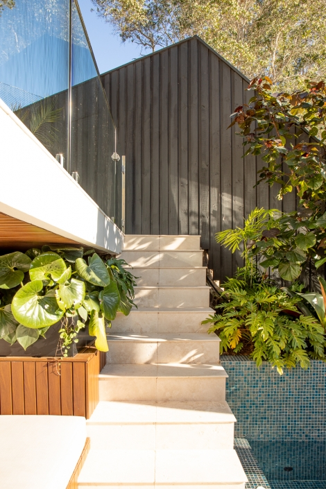 Planting alongside stairs